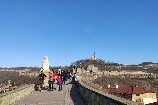 ツァレヴェッツ要塞へのガイドなしツアー