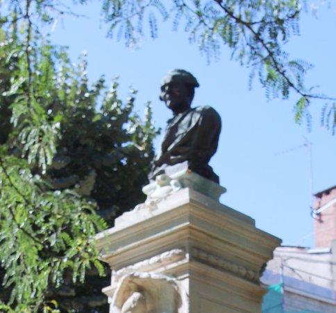 Monument à Joseph Jérôme de Lalande