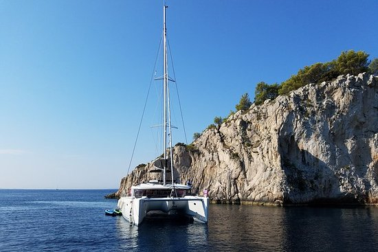 Sailing Tour with Wine Tastings in Croatia - 7 days