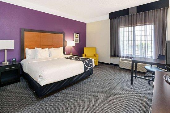 La Quinta Inn & Suites by Wyndham Phoenix Scottsdale