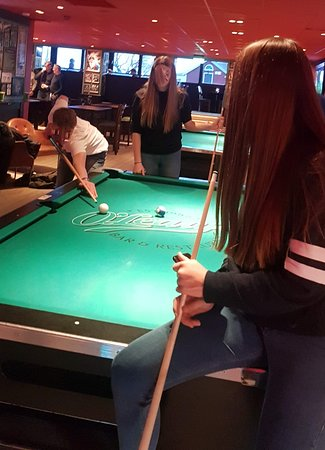 Hudiksvall, Suecia: Pool and other games available