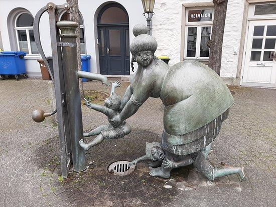 Der Pumpenbrunnen