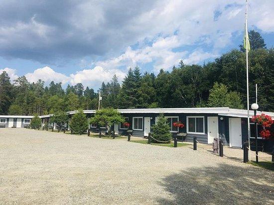 Mystic Isle Motel