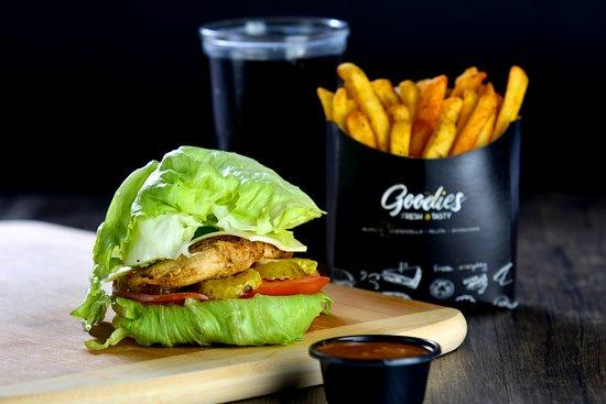 Al Jubaihah, Jordanie : Keto Burger Angus & chicken