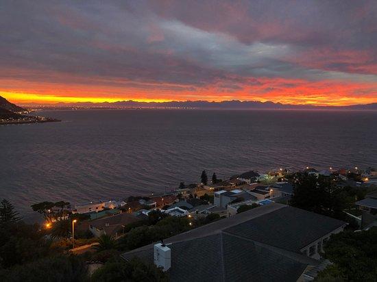 ฟิชฮอก์, แอฟริกาใต้: Awesome sunrise