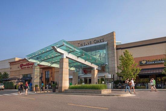 Twelve Oaks Mall