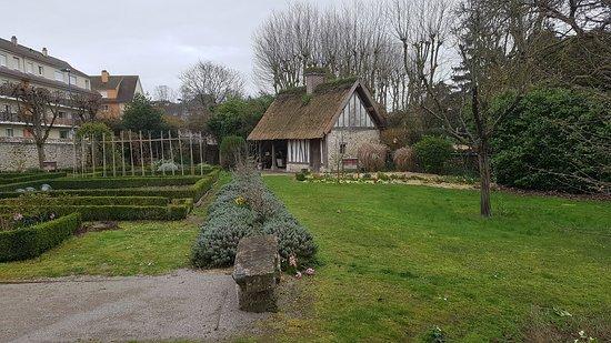 Musee Maison Pierre Corneille: Jardin