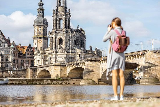 Berlin-Prague One-Way Sightseeing Day Tour