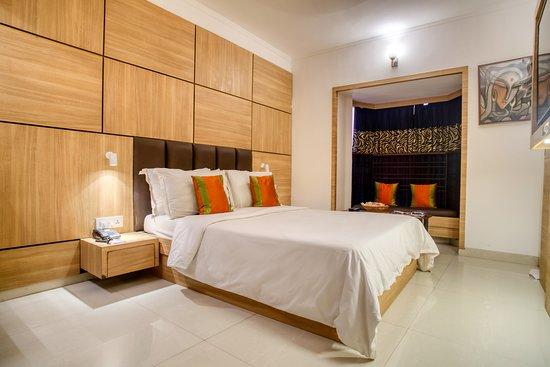 Roland Hotel, Hotels in Kalkutta