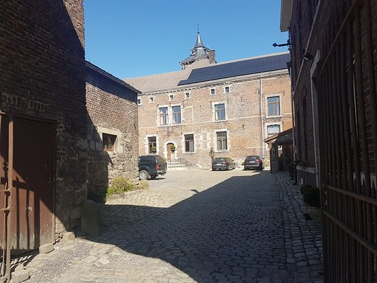 Chateau de Hollogne