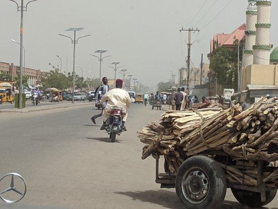 Maradi, Niger: Assorted traffic
