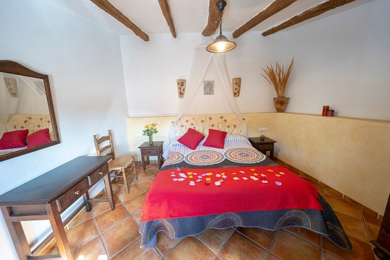 Laroya, Španielsko: dormitorio San Marcos