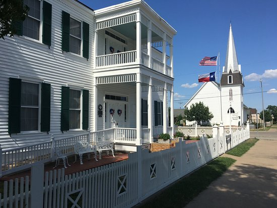 Lee County Museum & Visitors Center