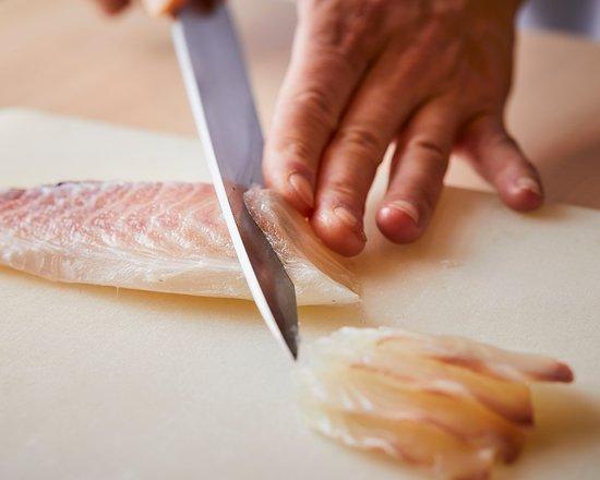 四季折々の食材を用い、店主が腕によりをかけた自慢の逸品で季節の ...