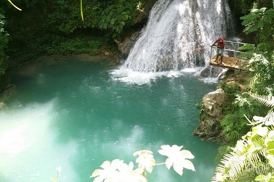 Private Blue Hole Guided Tour from Ocho...