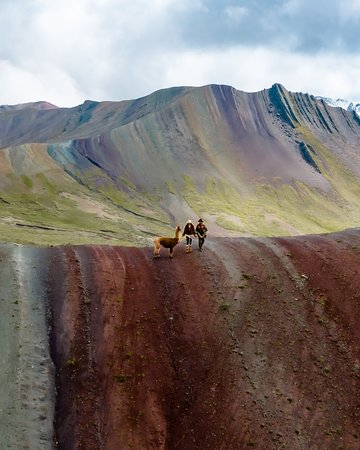 🌈⛰️The beautiful Palccoyo Rainbow Mountain awaits you!🌈⛰️ Here are three interesting facts about the incredible hike with us: *You will see THREE Rainbow Mountains.🙌🏼 *The hike is flat and takes ONLY 45 minutes!🤩 *You will be FAR away from CROWDS, as we arrive early.🤗 For more infos visit our website or send us an email to: info@exploor.pe
