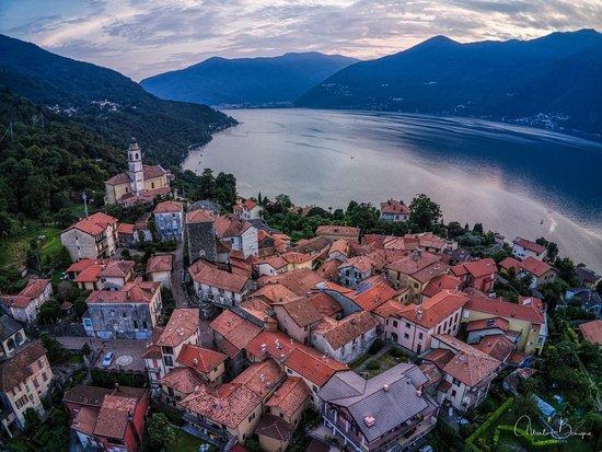 Pino Lago Maggiore, Italien: Pino