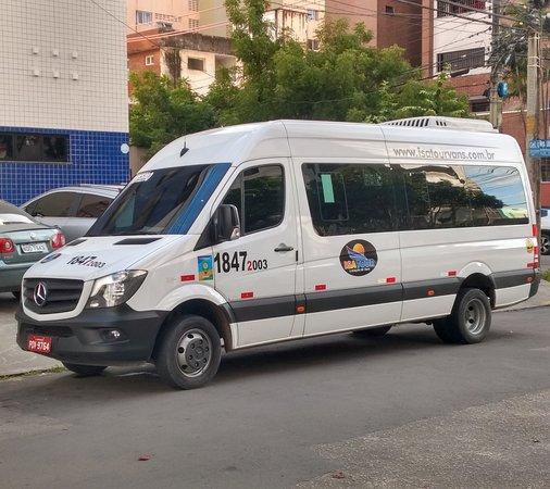 IsaTour Locacao de Vans