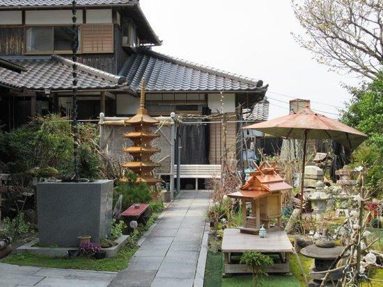 Genshoin Temple