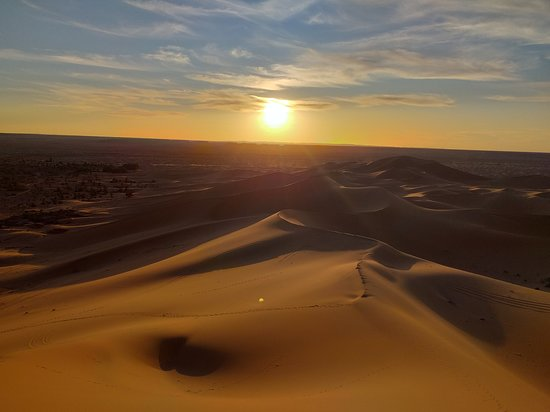 Beni Abbes, Algeria: Un sentiment d'infini mélangé au silence et à la beauté ! #MyBeniAbbes <3