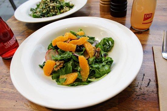 Errol's Cafe: Orange & fennel salad