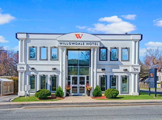 The Willowdale Hotel Toronto North York, hoteles en Toronto