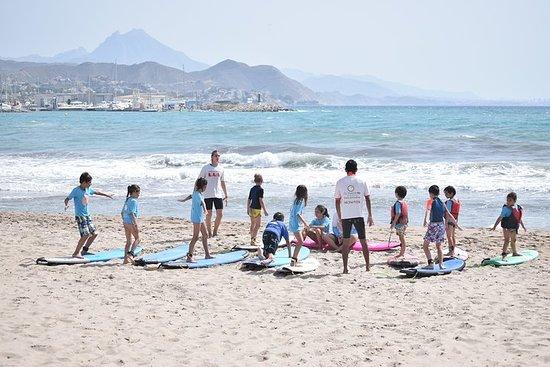 Cours de surf débutant