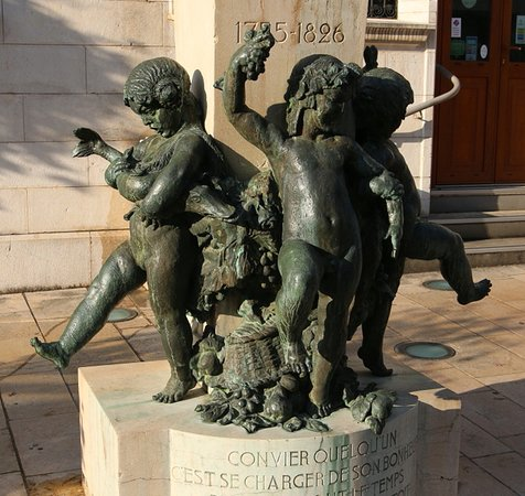 Monument à Brillat-Savarin
