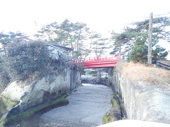 Sukashi Bridge