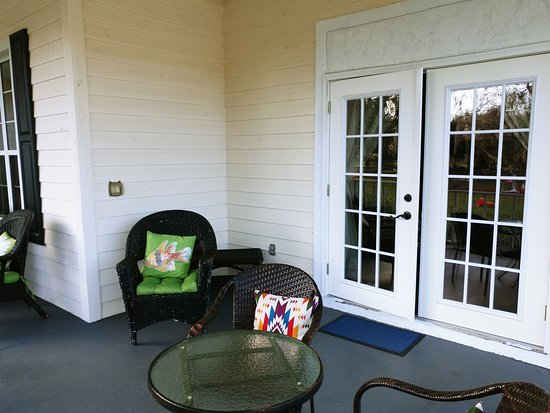 Floral City, FL: Another porch view