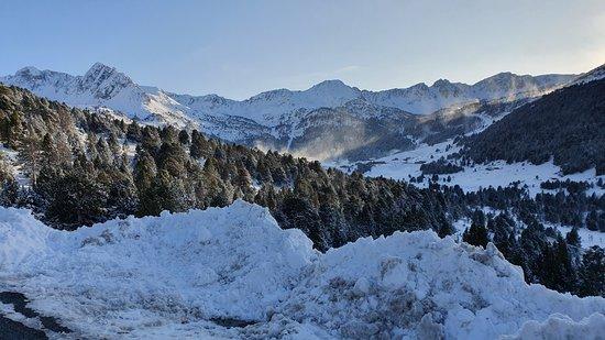 Souvenirs Voyage Andorre --- La chaine des Pyrénées à Grau Roig domaine de Grandvalira