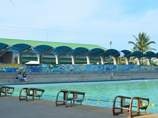 When in Victorias City, Negros Occidental and longing for some swimming activities then Victorias Motor Pool is one option. They have recreational pool there. Plus some cottages for your stay. The place also offers a venue for your small events. This was rated by Alex the Media Guy. #FrenxiesMedia #FrenxiesTravels #Nworld #AlexMediaGuy #FrenxiesNewsWire