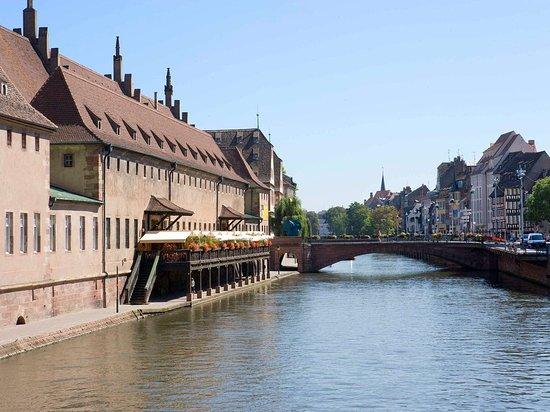 Ibis Styles Strasbourg Centre Gare, hôtels à Strasbourg