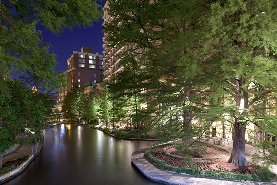 Easy Access To A World Away Review Of The Westin