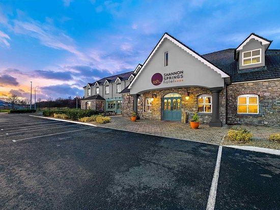 Shannon Springs Hotel, Hotels in Adare