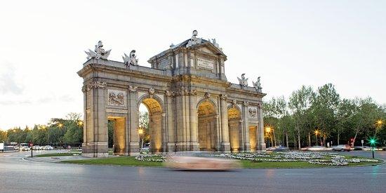 Hotel Hospes Puerta de Alcala, hôtels à Madrid