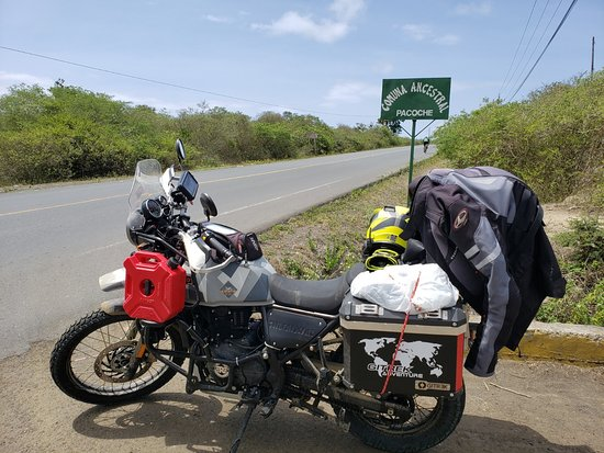 Manabi Province, الإكوادور: One of our Royal Enfield Himalayan BS4 with hard panniers.