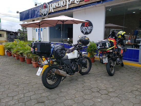 Provincia de Guayas, Ecuador: We also use the legendary KLR 650, our KLR have the doohickey upgrade, as well as the steering stabilizer in the front, making it far more reliable and stable off road.
