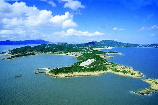 2-Day Putuo Mountain Private Guided Tour from Shanghai