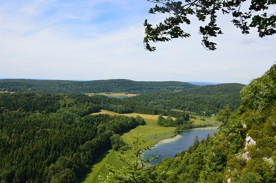 Clairvaux-les-Lacs照片
