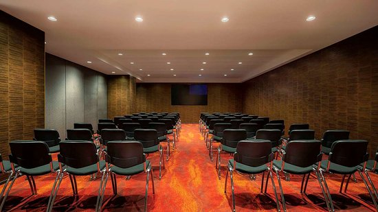 SO/ Auckland: Meeting room