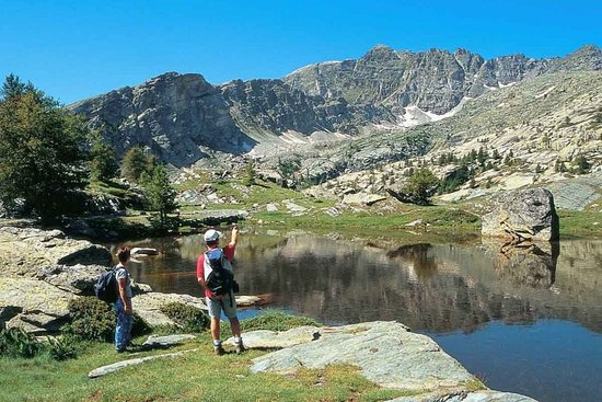 Explore-Share Nice Guided Hiking Tours