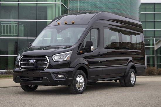 Baton Rouge nach New Orleans Chauffeur Mit dem privaten Van fahren