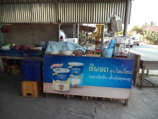 Paksan, Laos: 12 février 2020 / Excellent petit déjeuner en face du BK Guesthouse