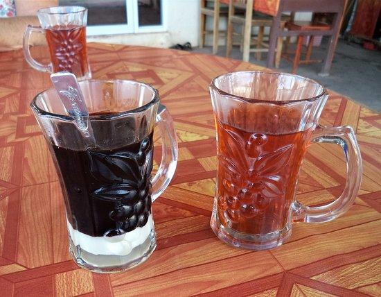 Paksan, Laos: 12 février 2020 / Excellent petit déjeuner en face du BK Guesthouse - Café et thé