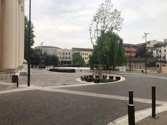 La Nuova Fontana di Piazza San Giorgio