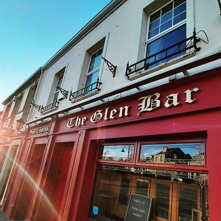 Neil Diver's The Glen Bar