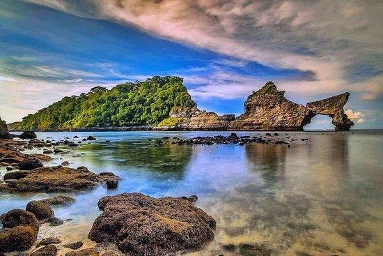 努沙佩尼达岛西部和东部一日游-惊人的全日游
