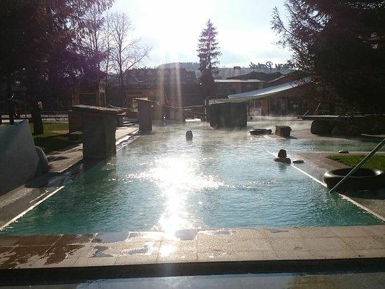 Szaflary, Ba Lan: 7 am... Disfrutando de todas las piscinas... Sin nadie ☺️