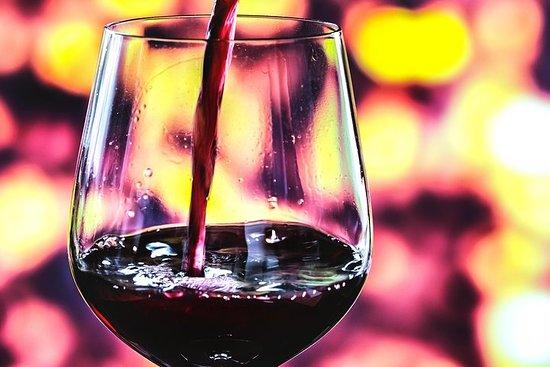 Tour de vinos curados en el valle de Willamette